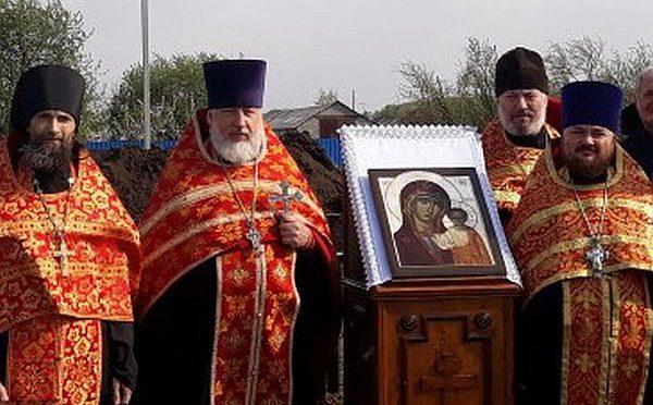 Освящение нового храма в Пахомовке Азовского района Омской области